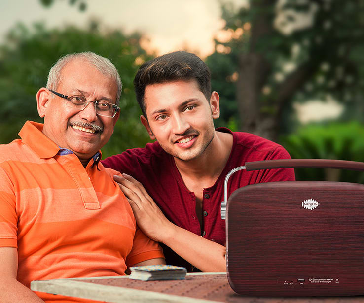 grandparents listening to saregama carvaan marathi music